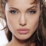 angelina_jolie_winged liner