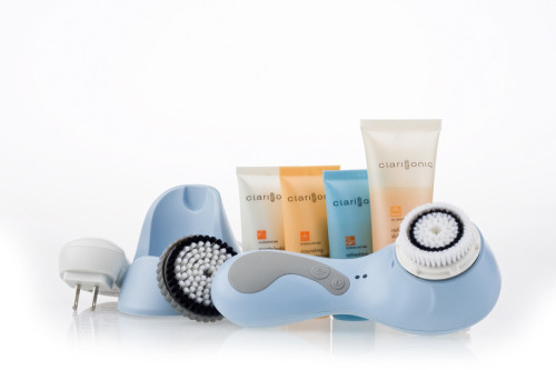 Clarisonic-Plus-Skin-Cleansing-System-Blue-014_3