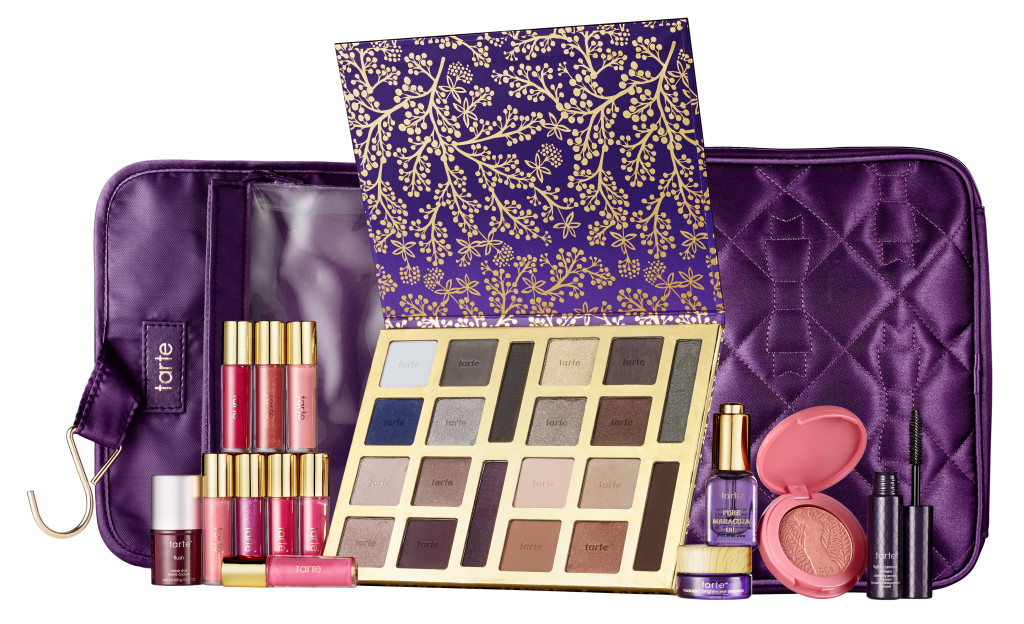 the tarte of giving_with bag