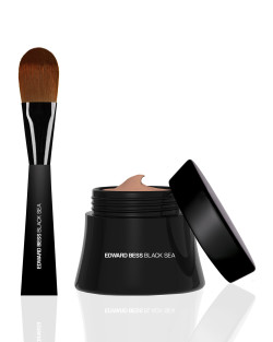 Bergdorf Goodman Beauty Files: How To Choose The Right Foundation