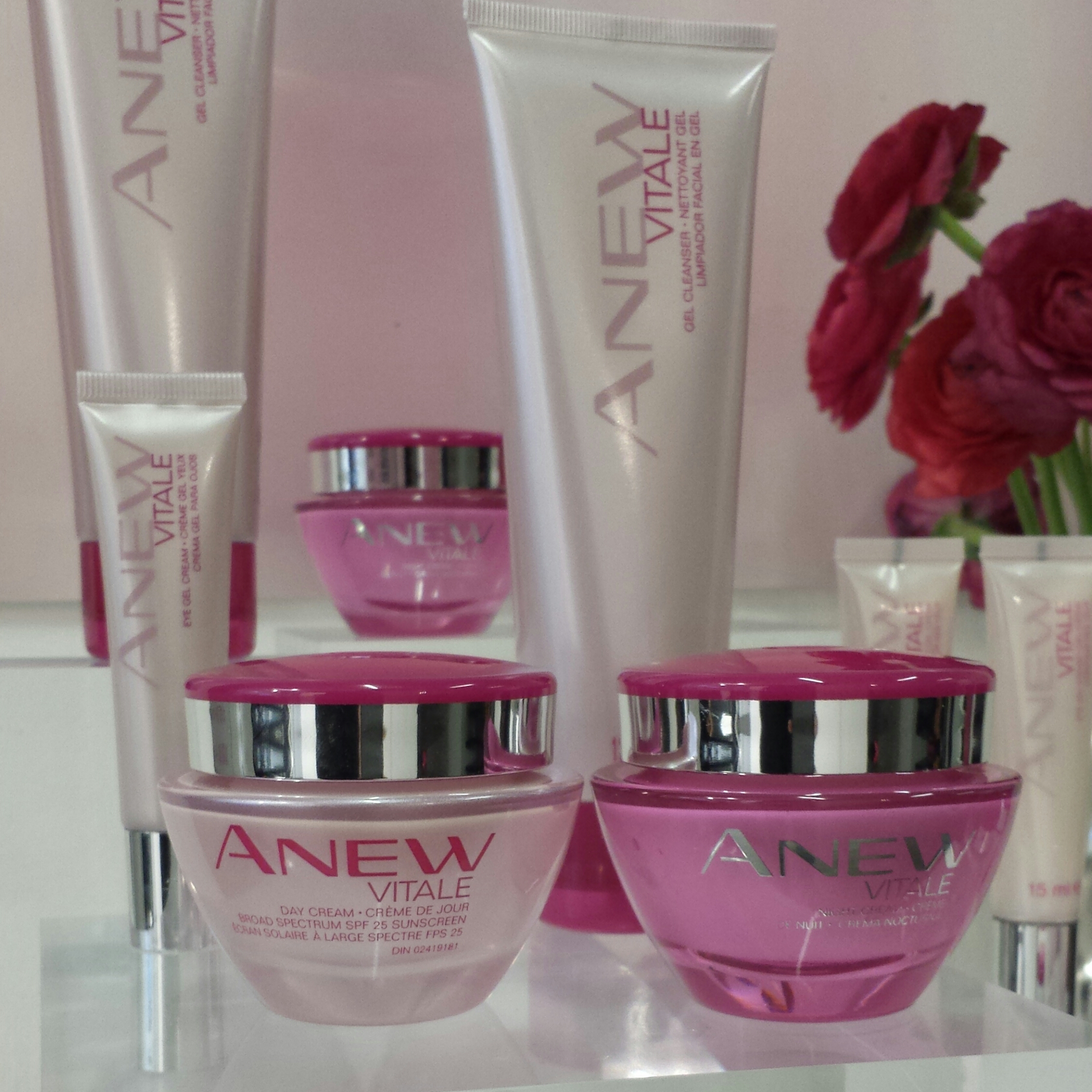 ThisThatBeauty Reviews: Avon ANEW Vitale
