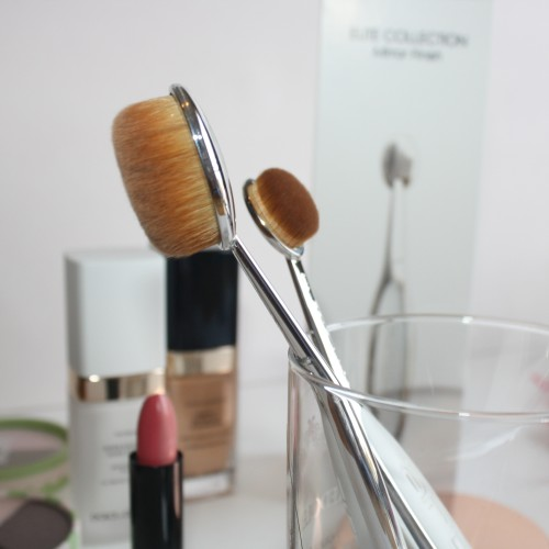 Artis Brush Review - ThisThatBeauty