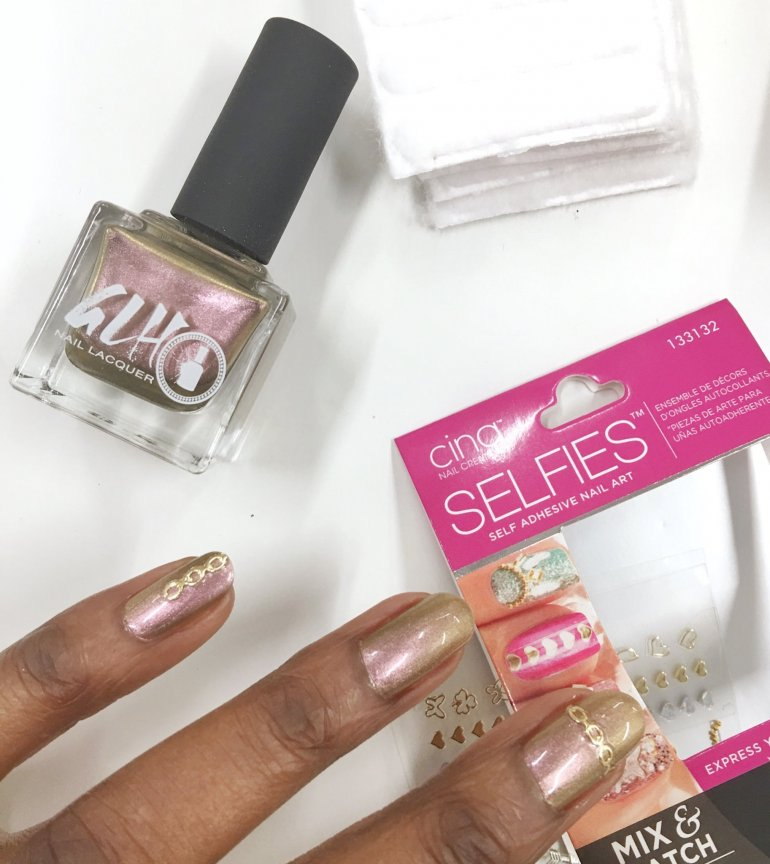 While Floral Nail Designs And Stickers Done With The Pretty Pastels Can Be Fashionable Going Metallic Bucks Trend Keeps You Ahead Of